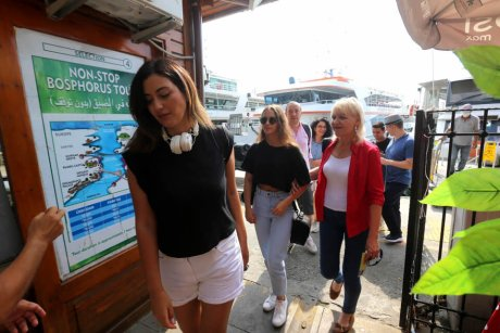 Bus-and-Boat-Istanbul-Check-In-Boat - 13