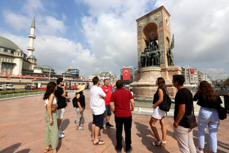Bus-and-Boat-Istanbul-Monument-of-Liberty - 10
