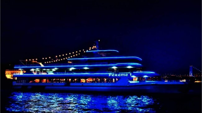 first-class-bosphorus-dinner-cruise-and-oriental-show - 7
