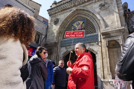 hop-on-hop-off-walking-tour-istanbul-grand-bazaar - 14