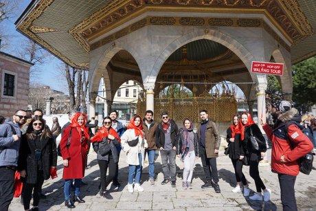 hop-on-hop-off-walking-tour-istanbul-topkapi-palace - 4