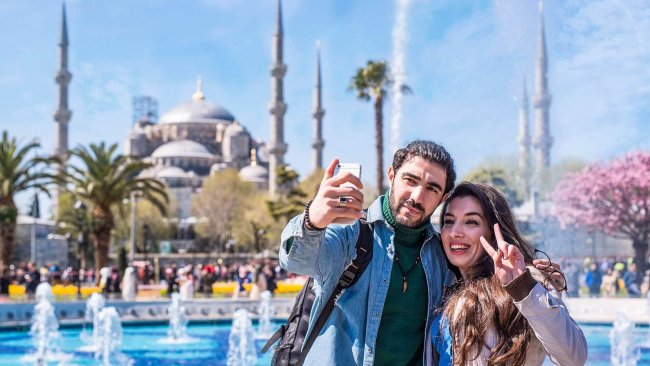 istanbul-blue-mosque-and-sultanahmet-square-tour - 4