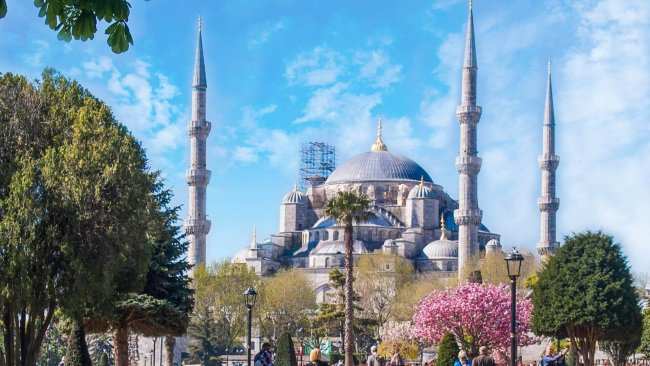 istanbul-blue-mosque-and-sultanahmet-square-tour - 12