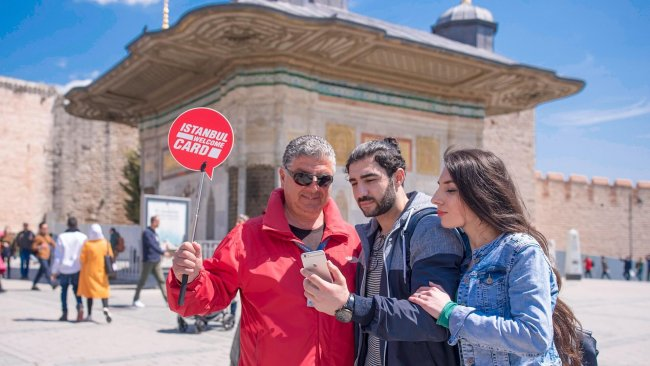 istanbul-blue-mosque-and-sultanahmet-square-tour - 9