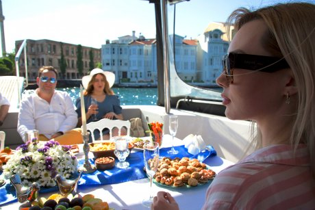 Luxury Yacht Tour, Fruits and Snacks - 24