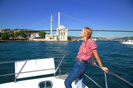 Luxury Yacht Tour Istanbul, Ortaköy Mosque - 19