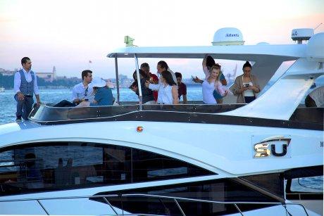 Luxury Yacht Tour on the Bosporus - 37