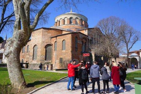 top-spots-walking-tour-istanbul-hagia-sophia - 6