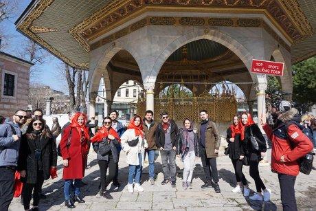 top-spots-walking-tour-istanbul-hagia-sophia - 3