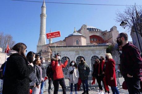 top-spots-walking-tour-istanbul-hagia-sophia - 38
