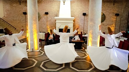 whirling-dervish-show-istanbul - 1