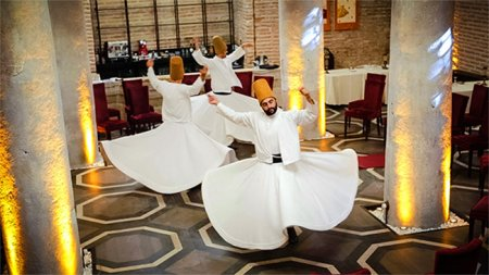 whirling-dervish-show-istanbul - 2